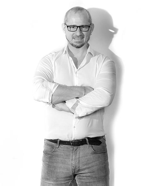 Fabrizio Fraticelli, Fotograf und Grafiker bei NIVA Event & Catering